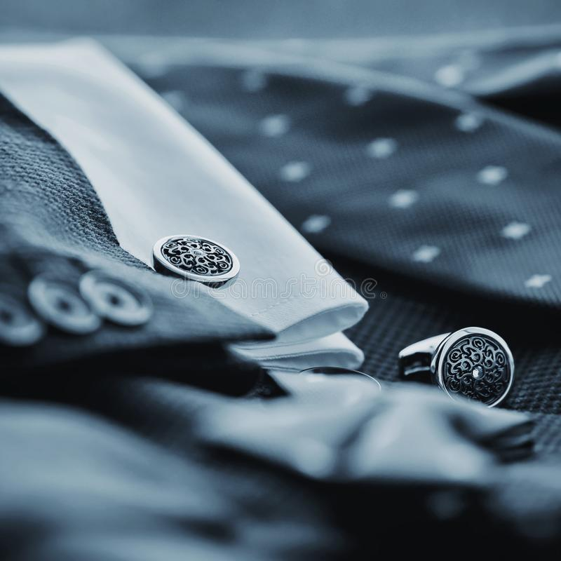 Luksusowi mężczyzna ` s cufflinks obrazy stock