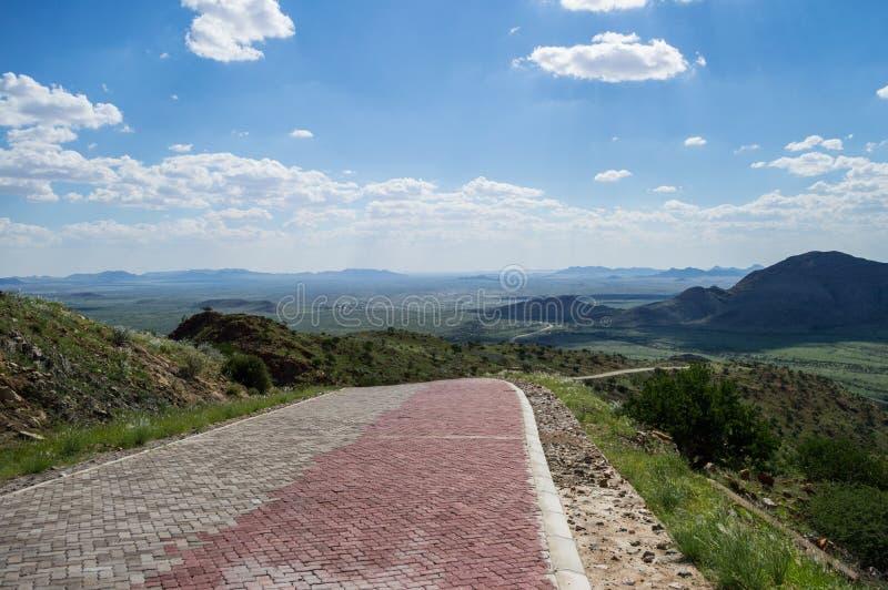 Luksusowy góra krajobraz z drogą, Namibia obraz stock