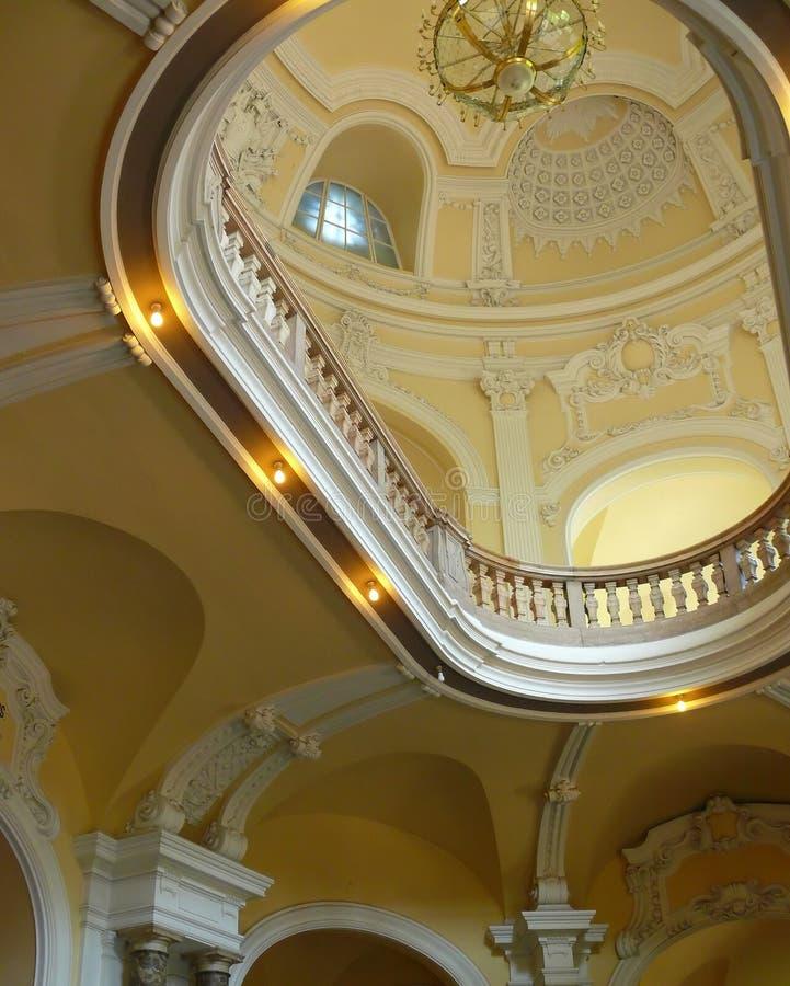 luksusowy podsufitowy pałacu fotografia royalty free