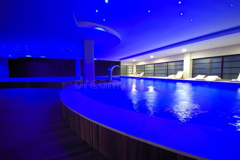 Luksusowy salowy basen zdjęcie stock