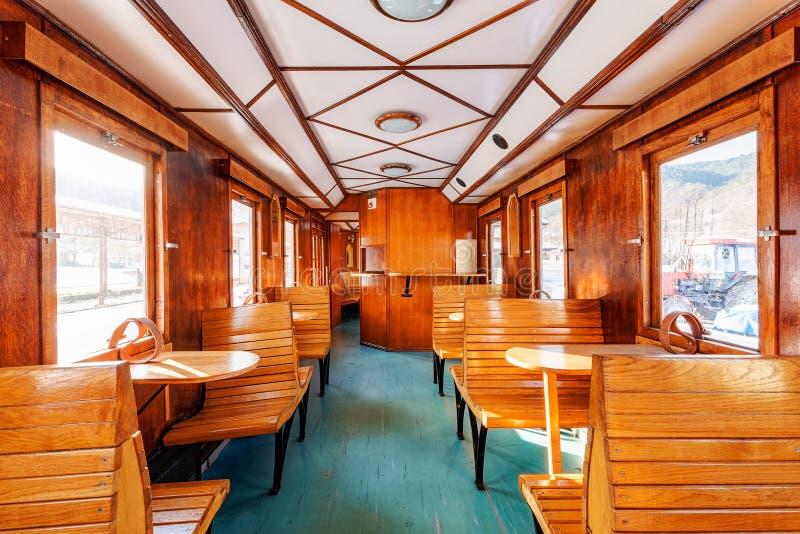 Download Luksusowy Stary Taborowy Fracht Zdjęcie Stock - Obraz złożonej z siedzenie, kolej: 41952804