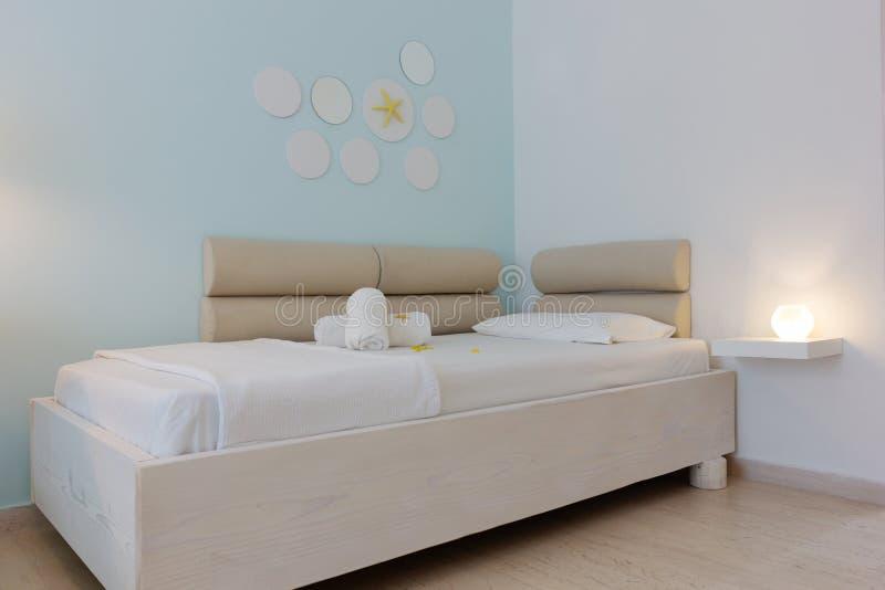 Luksusowy sypialni wnętrze zdjęcie royalty free
