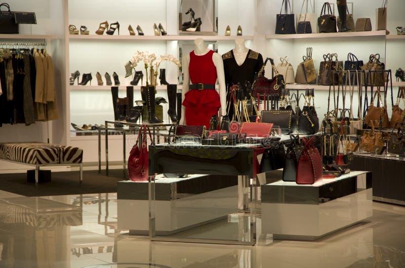 Luksusowy torebki kiesy sklep zdjęcia royalty free