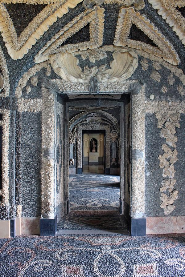 Luksusowy wnętrze pałac na wyspie Isola Bella na jeziornym Maggiore w Włochy obrazy stock