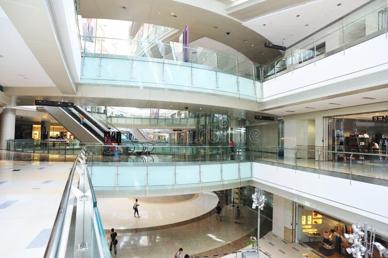 Luksusowy zakupy centrum handlowego wnętrze