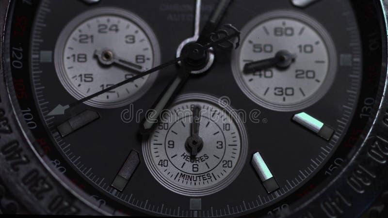 Luksusowy zegarek, chronografu zbliżenie Zegarek makro- Szczegół luksusowy zegarek Chronografu szczegół makro- fotografia royalty free