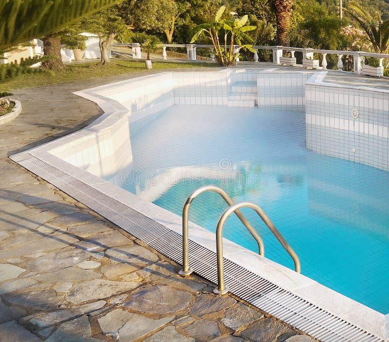 Luksusu Domowy Pływacki basen zdjęcie royalty free
