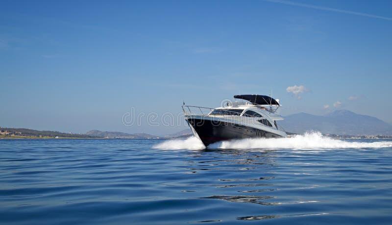 Luksusu motorowy jacht zdjęcie stock