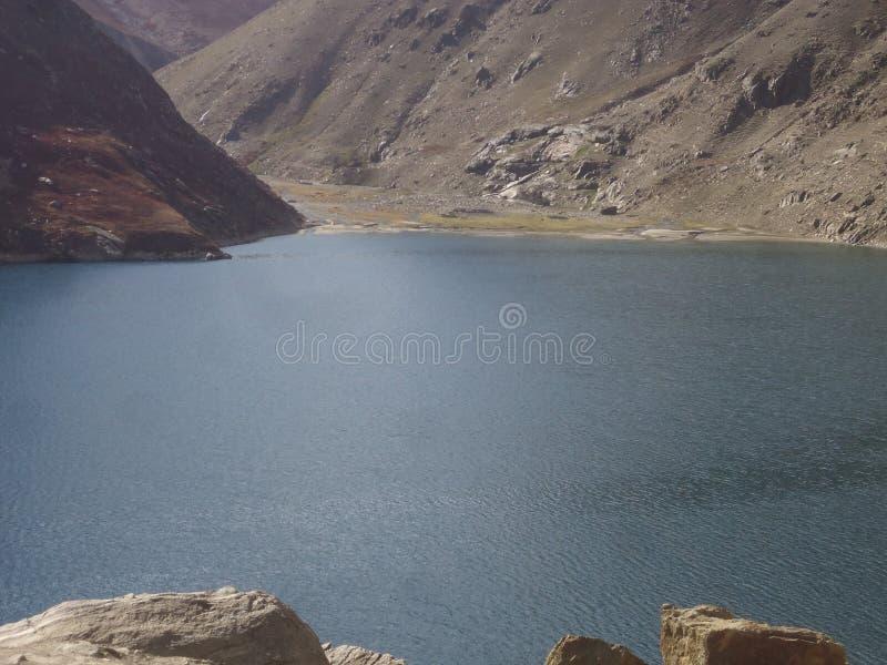 LULUSAR-See in Kaghan Pakistan lizenzfreies stockfoto