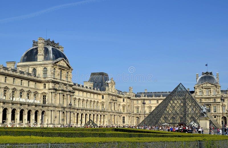 Lumbreras museo, París imagen de archivo
