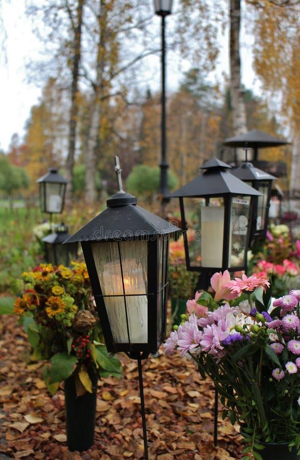 Lumière au cimetière photo libre de droits