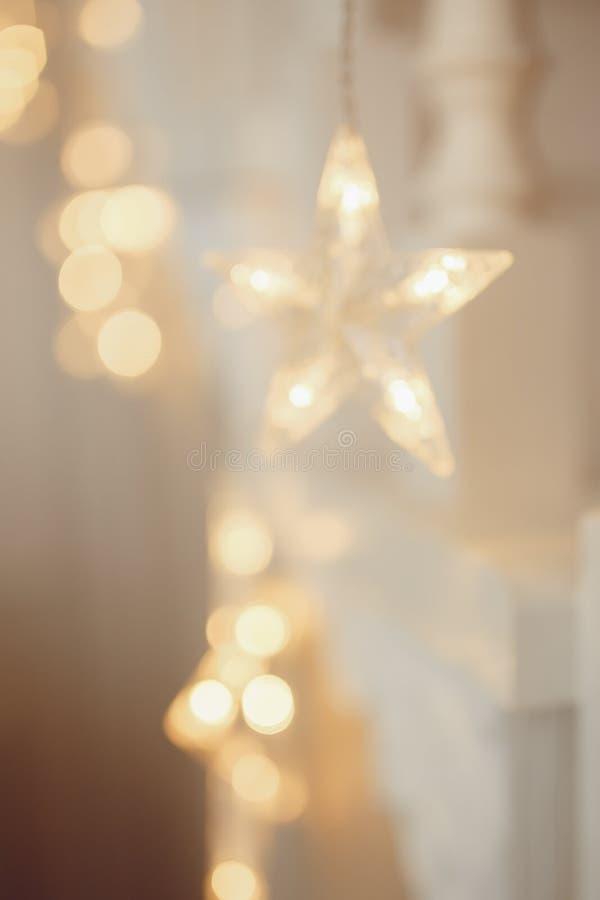 Lumière brouillée abstraite de fond de bokeh, arbre de Noël photo libre de droits