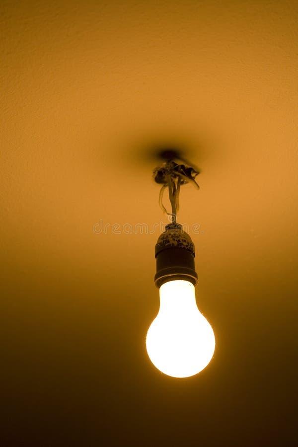 lumière d'ampoule nue photos stock