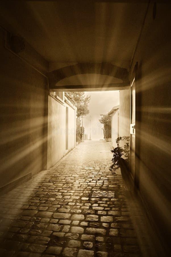 Lumière dans le tunnel images libres de droits