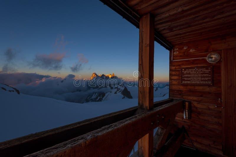 Lumière de coucher du soleil à Valle Blanche image stock
