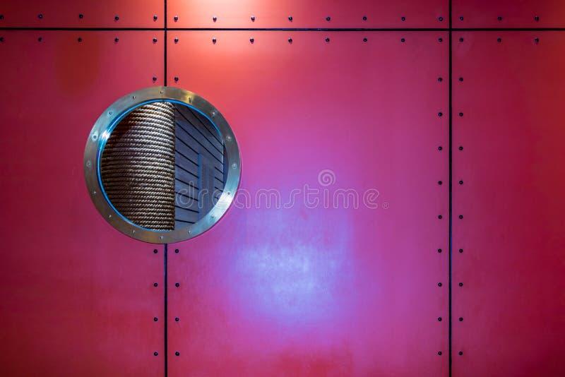 Lumière de la lampe sur le fond et l'anthracnose et la ligne rouges photos stock