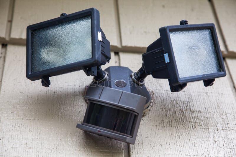 Lumière de sécurité à la maison photo libre de droits
