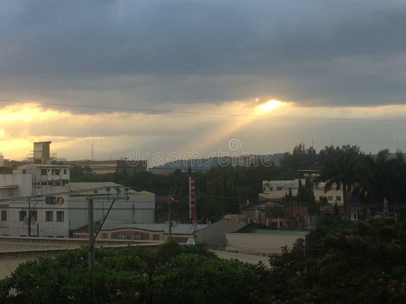Lumière des nuages image libre de droits