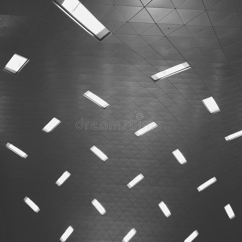 Lumière du jour par le plafond photographie stock