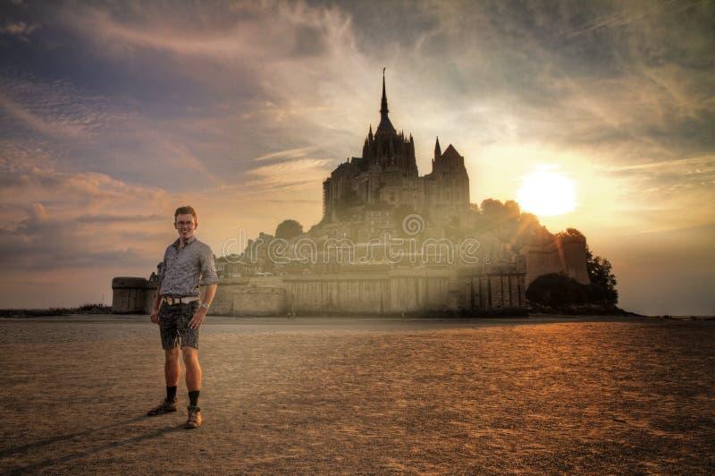 Lumière sainte à choisie à le Mont Saint-Michel photos libres de droits
