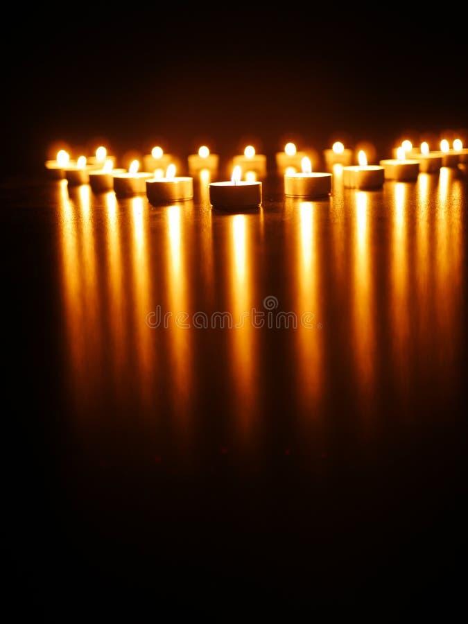 Download Lumières de bougie image stock. Image du vacances, nuit - 45356389