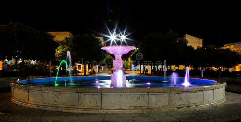 Lumières de fontaine dans le Praia images libres de droits