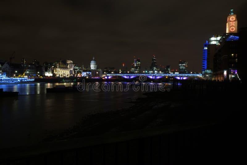 Lumières de Londres images libres de droits