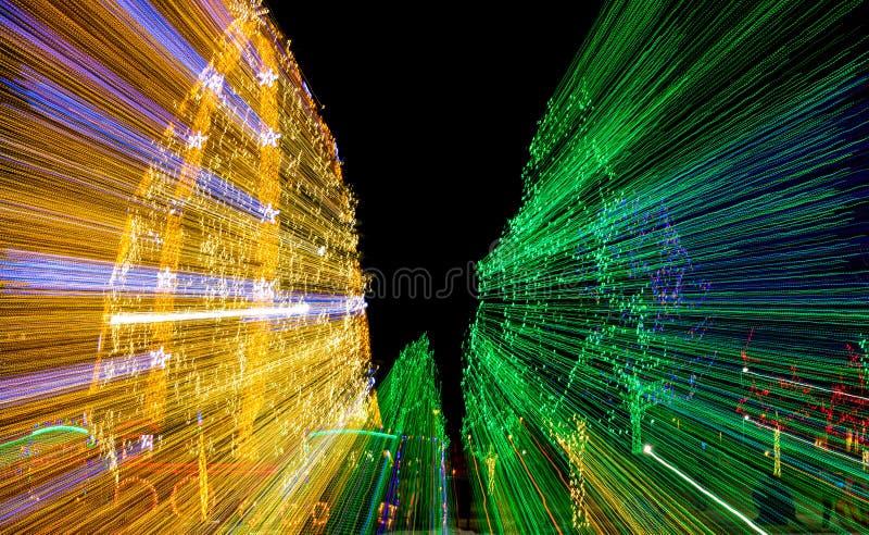 Lumières de Noël d'éblouissement photographie stock