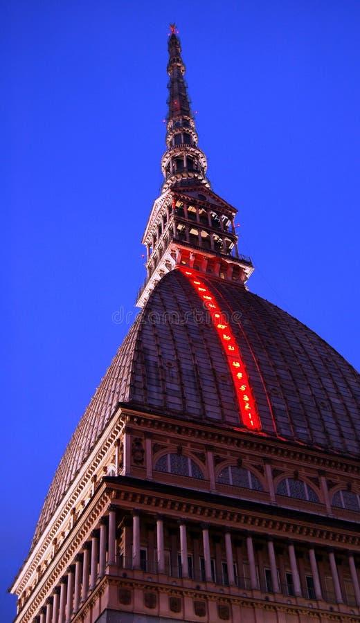 Lumières de Noël sur la tour   image stock