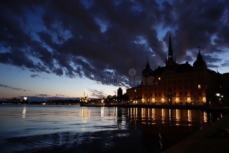 Lumières de nuit de Stockholm images libres de droits