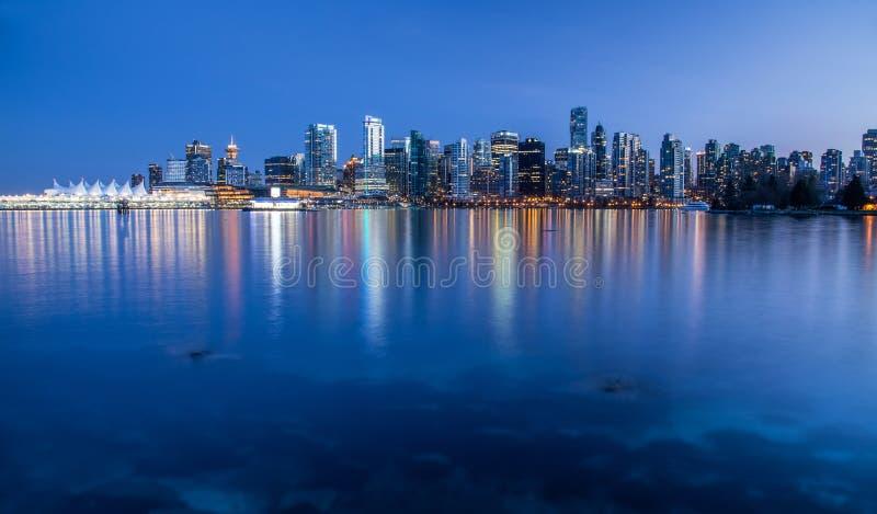 Lumières de ville de Vancouver de Stanley Park photos stock