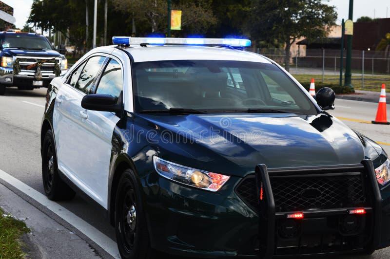 Lumières de voiture de police dessus photo libre de droits