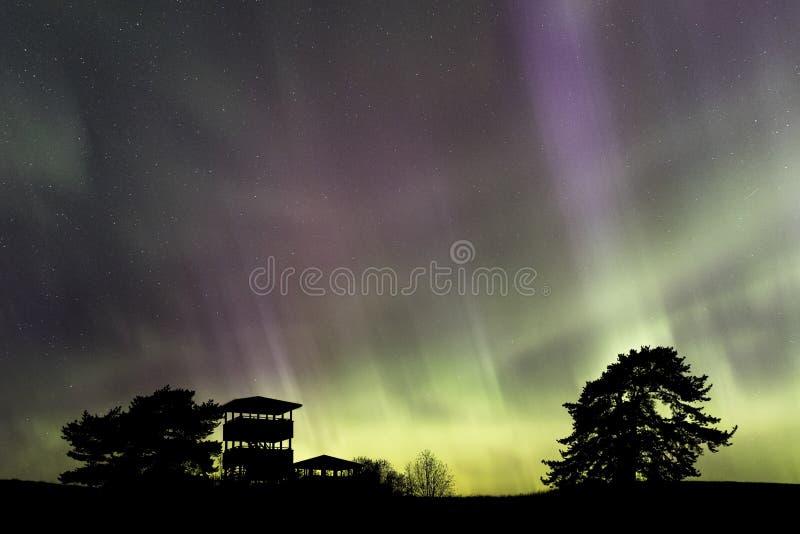 Lumières du nord au-dessus de la Finlande du sud photo libre de droits
