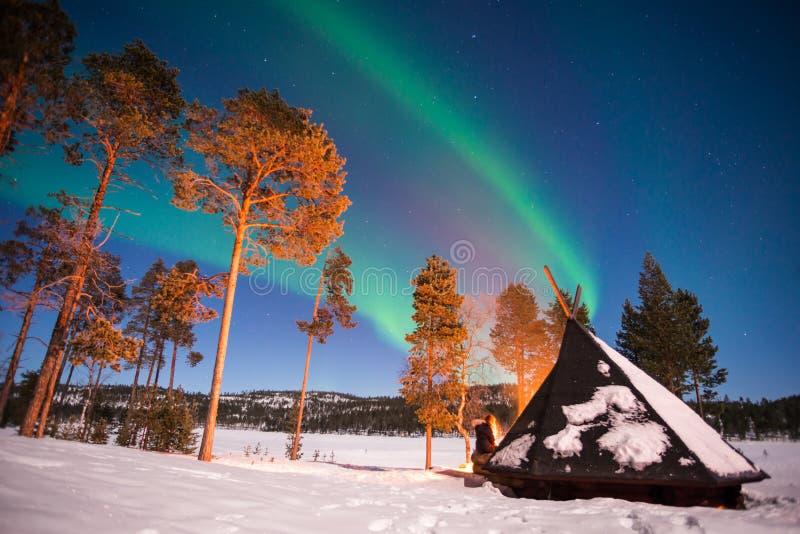 Lumières du nord, Aurora Borealis en Laponie Finlande images libres de droits