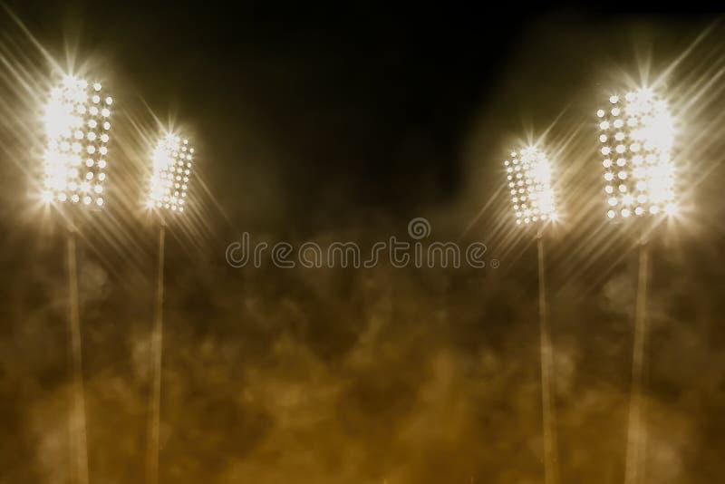 Lumières et fumée de stade image stock