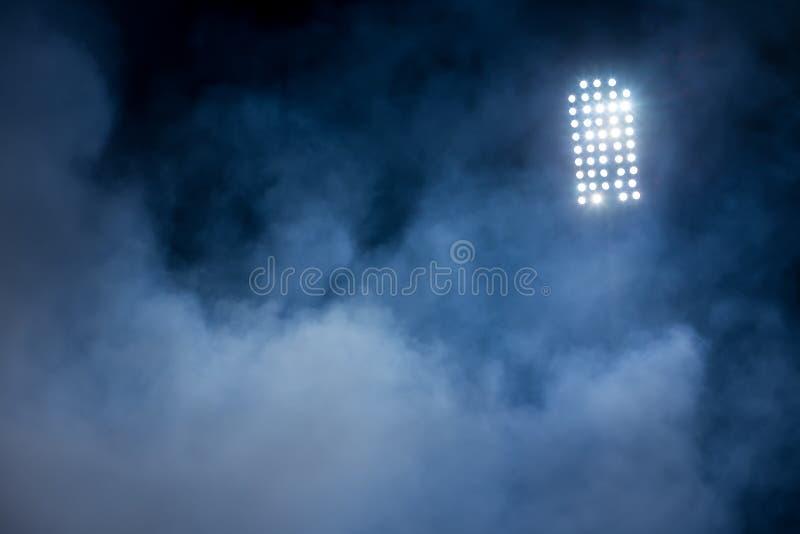 Lumières et fumée de stade photos libres de droits