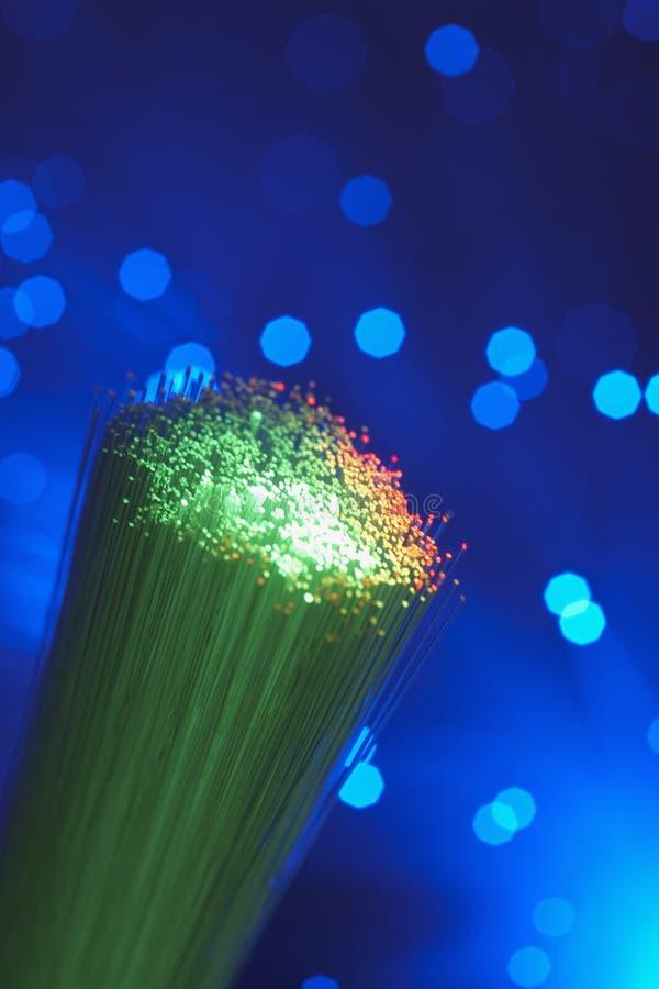 Lumières optiques vertes de fibre photos stock