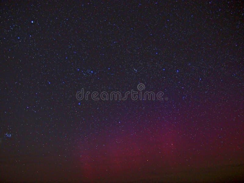 Lumières polaires et étoiles photo stock