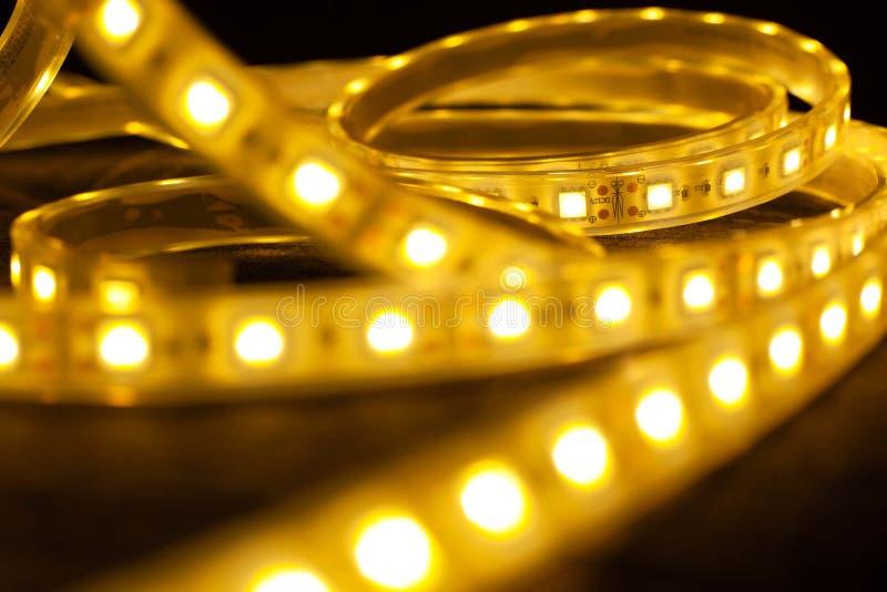 Lumineuze diode strips Led decoratieve verlichting voor huis, bureaus stock afbeelding