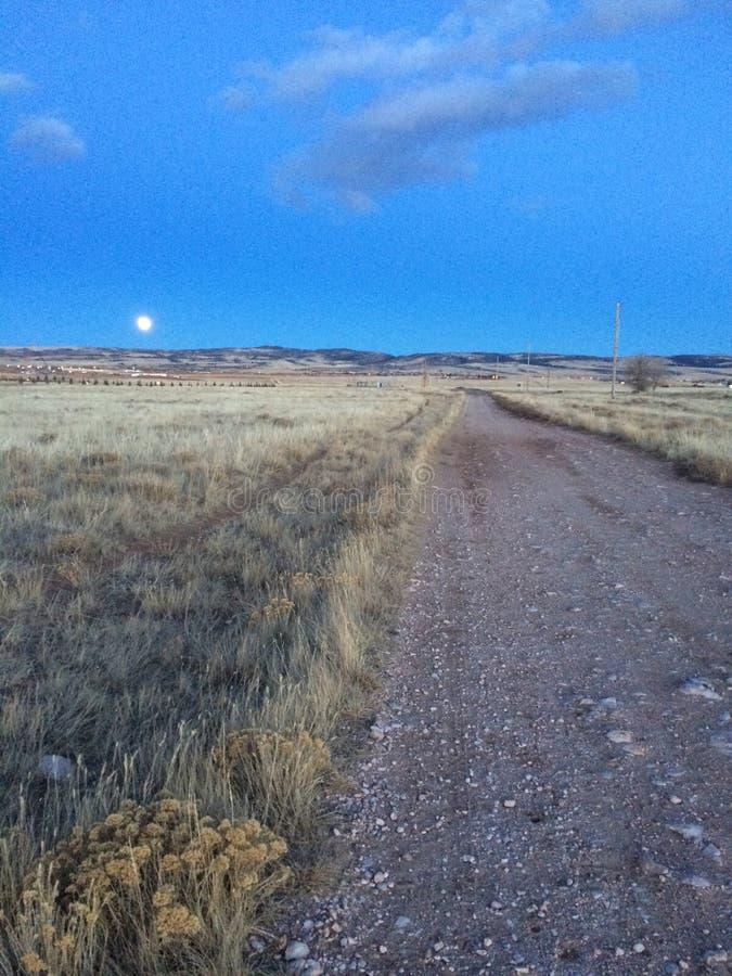 Luna en Laramie, Wyoming fotos de archivo