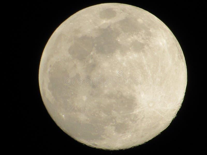 Luna en marco completo fotografía de archivo