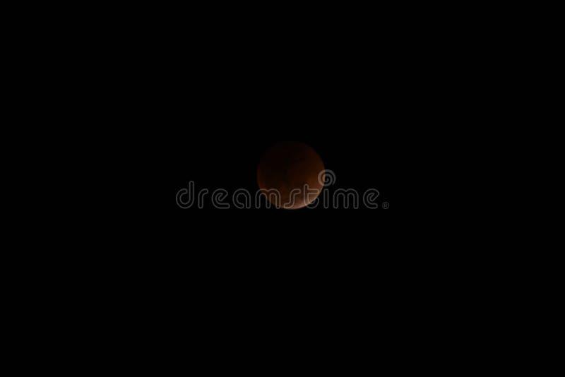 Luna estupenda de la sangre azul y eclipse lunar imagen de archivo