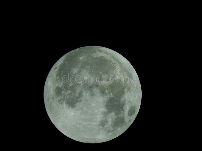 Luna grande en las cámaras estupendas del enfoque foto de archivo libre de regalías