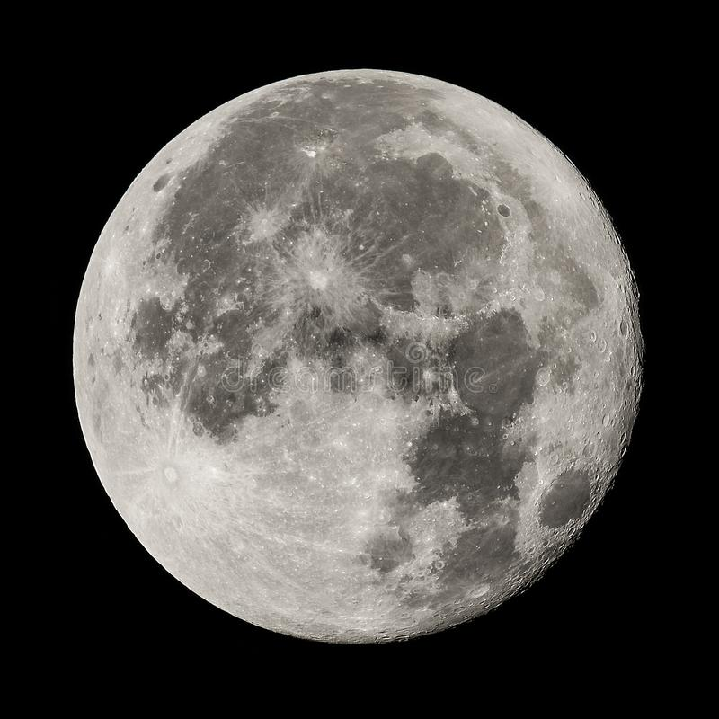 Luna Llena, imagen de alta resolución, tiro con la lente de los 800m imagen de archivo