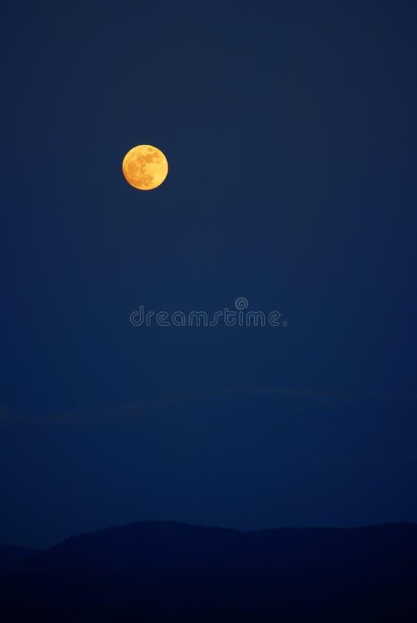 Download Luna mágica imagen de archivo. Imagen de pacífico, mágico - 7277803