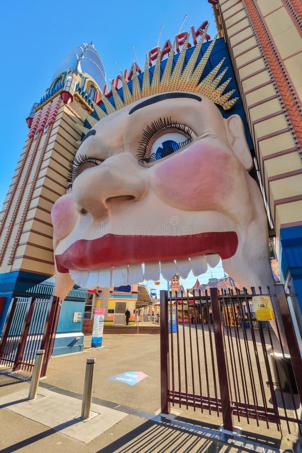 Luna Park, Sydney, Australie Visage de sourire à l'entrée photographie stock