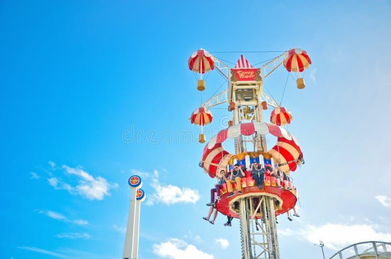 Luna Parkuje parka rozrywki przy St Kilda plażą w Melbourne obraz stock