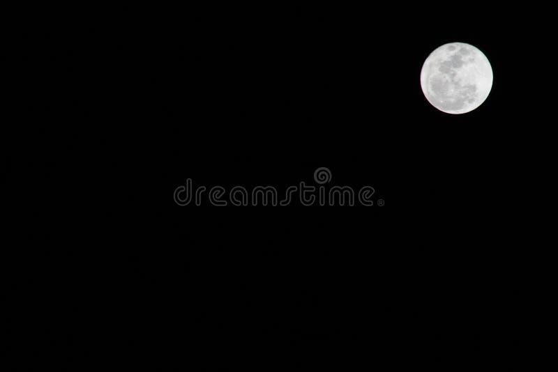 Luna piena da solo immagini stock libere da diritti