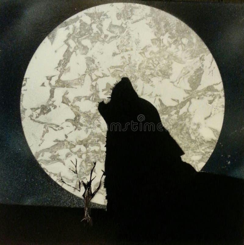 Luna som tjuter vargen & x28; målat av me& x29; arkivfoto