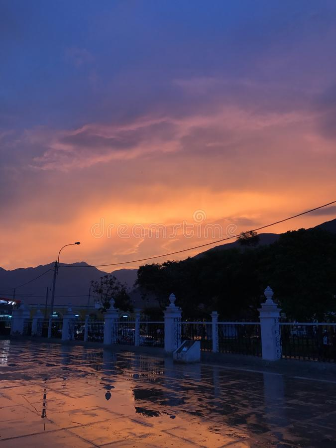 Lunahuana Περού βουνών λόφων ηλιοβασιλέματος στοκ φωτογραφίες με δικαίωμα ελεύθερης χρήσης